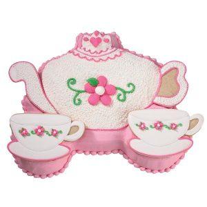 HIRE $5.00 Princess Carriage Cake Tin $50.00 Deposit